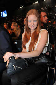Barbara Meier wore her signature red hair down with a middle part at the 'Night of The Champions' box event.