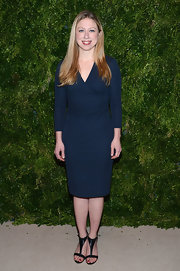 Chelsea looked classic in this navy faux wrap-dress at the CFDA Fashion Fund Awards.
