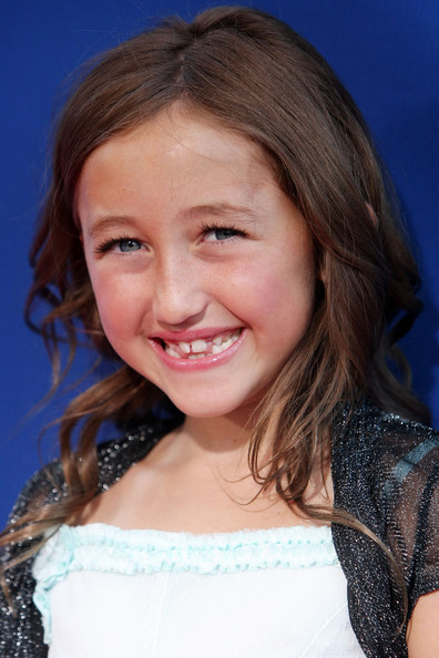 Noah Cyrus Long Wavy Cut [ponyo,hair,face,hairstyle,facial expression,smile,beauty,eyebrow,skin,head,chin,arrivals,noah cyrus,california,hollywood,el capitan theatre,walt disney pictures,industry screening,industry screening]