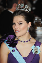 Princess Victoria's dangling earrings and matching necklace were nothing short of magical!