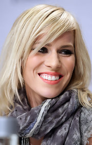 Natasha Bedingfield wore a muted coral lipstick while at a press conference for the Nobel Peace Prize concert.