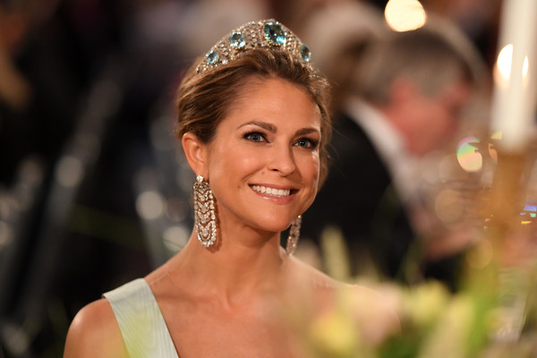 More Pics of Princess Madeleine Gemstone Tiara (5 of 7) - Hair Accessories Lookbook - StyleBistro [hair,headpiece,hair accessory,tiara,hairstyle,beauty,lady,fashion accessory,jewellery,headgear,madeleine of sweden,nobel prize,stockholm,city hall,sweden,nobel prize banquet]