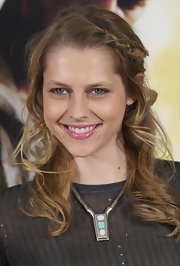 It's no secret that Teresa is a huge fan of the braid. The actress accessorized her long curls with a simple side braid.