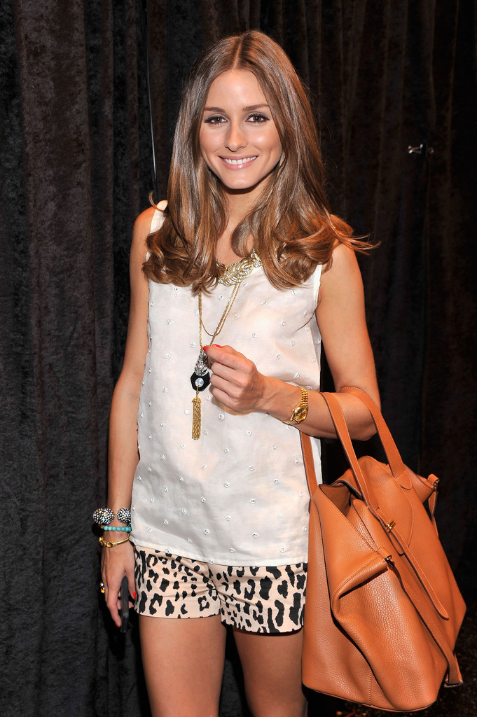 46fa357b86 Olivia toted this beautiful tan leather bag backstage at the Noon by Noor  Spring 2013 show