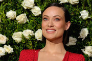 Olivia Wilde Side Parted Straight Cut