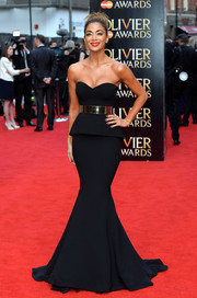 Nicole Scherzinger looked absolutely flawless at the Olivier Awards in this breathtaking Galia Lahav strapless peplum gown.