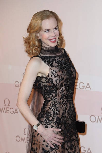 More Pics of Nicole Kidman Evening Dress (4 of 11) - Nicole Kidman Lookbook - StyleBistro