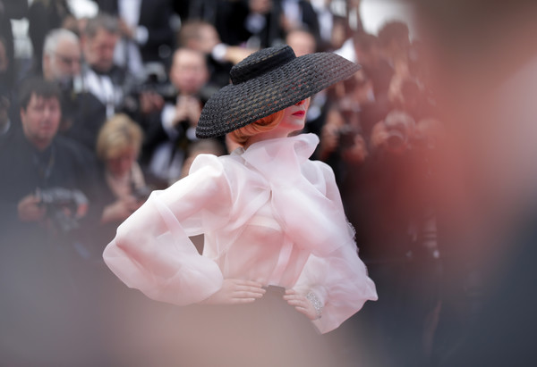 More Pics of Elle Fanning Pumps (1 of 98) - Heels Lookbook - StyleBistro [pink,fashion,action figure,figurine,headgear,hand,photography,toy,hat,winter,elle fanning,once upon a time in hollywood,screening,cannes,france,red carpet,the 72nd annual cannes film festival,cannes film festival]