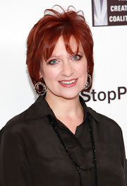 Caroline Manzo looked oh-so-trendy with her short layered 'do at the Onestopplus.com fashion show.