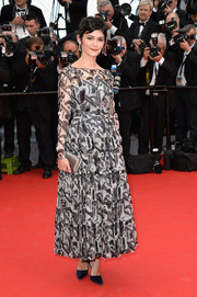 Audrey Tautou opted for a long-sleeve gray print dress when she attended the 'Grace of Monaco' premiere.