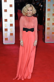 Fearne Cotton looked peachy in this vintage-inspired bow-adorned gown at the BAFTAs.