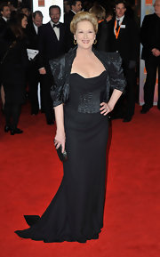 Meryl Streep looked like a queen a the British Academy Film Awards in this stunning black gown.