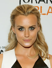 Taylor Schilling pulled half of her blonde locks back into a half updo for the 'Orange is the New Black' premiere.