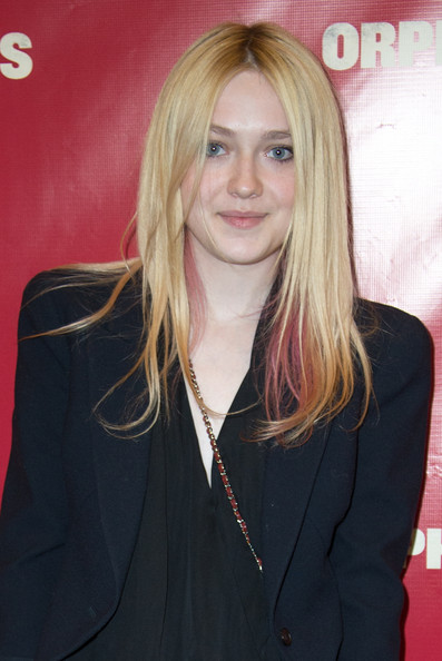 More Pics of Dakota Fanning Silk Pants (1 of 3) - Silk Pants Lookbook - StyleBistro