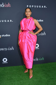 Tracee Ellis Ross styled her look with a pair of pink PVC pumps by Andrea Wazen.