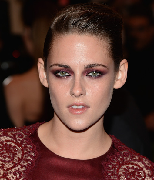 More Pics of Kristen Stewart Bobby Pinned updo (4 of 14) - Kristen Stewart Lookbook - StyleBistro