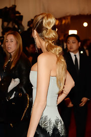 Blake Lively chose this segmented ponytail for her chic red carpet look at the 2013 Met Gala.