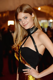 Constance Jablonski kept her hair simple and chic with a straight 'do and center part.
