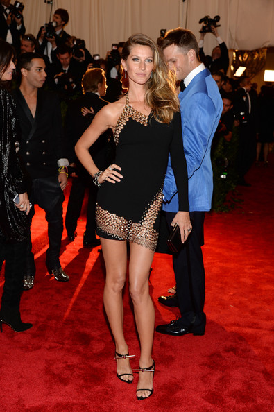 Gisele Bundchen In Anthony Vaccarello, 2013