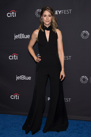 Amanda Crew got us into a '70s mood when she wore this black bell-bottom jumpsuit during PaleyFest Los Angeles.