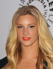 Heather Morris added a delicate touch to her look with a gold safety pin neckalce.