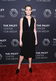 Rachael Taylor complemented her dress with a pair of black Gianvito Rossi pumps.