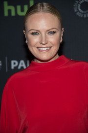 Malin Akerman attended the PaleyLive sneak peek at 'Billions' season two wearing this severe center-parted bun.