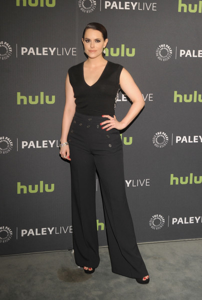 Emily Hampshire opted for a simple and casual V-neck tank top when she attended PaleyLive LA.