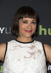 Rashida Jones rocked a short 'do with blunt bangs during PaleyLive LA.