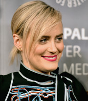 Taylor Schilling wore simple gold studs by Anna Beck at the Paleylive LA: An Evening with 'Orange is the New Black' event.