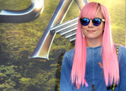 Lily Allen was a head turner at the 'Pan' world premiere wearing this bubblegum-pink hairstyle.