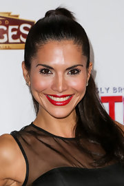 A high, bouncy ponytail gave Joyce Giraud a fun and flirty red carpet look.