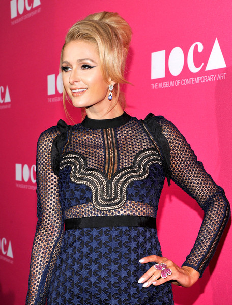 Paris Hilton Butterfly Ring [hair,clothing,hairstyle,blond,beauty,dress,carpet,fashion,premiere,neck,jeff koons,paris hilton,california,los angeles,moca,the geffen contemporary,moca gala]