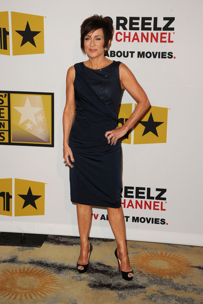 Patricia Heaton Cocktail Dress [dress,clothing,cocktail dress,little black dress,shoulder,footwear,premiere,carpet,fashion model,leg,arrivals,patricia heaton,beverly hills hotel,california,critics choice television awards]
