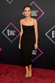 Mila Kunis kept it low-key yet elegant in a spaghetti-strap LBD by Alex Perry at the 2018 People's Choice Awards.
