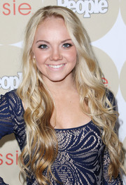 Danielle Bradbery looked like a doll with her super-long wavy hair during the Ones to Watch party.