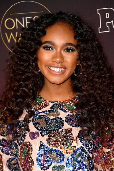 Chandler Kinney rocked a voluminous curly 'do during People's Ones to Watch event.