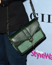Lacey Chabert attended the People StyleWatch Denim Awards carrying a leather satchel in two shades of green.