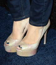 Lacey Chabert wore ultra-chic nude snakeskin platform peep-toes to the People StyleWatch Denim Awards.