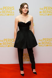 Emma Watson kept her look sleek and styled with these pointy toe pumps.