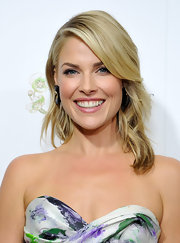 Ali Larter's soft waves looked so elegant when pulled back behind her ear.