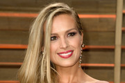 Petra Nemcova Side Sweep