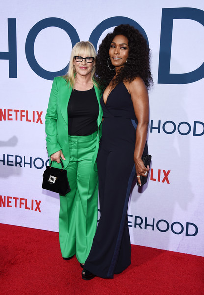 More Pics of Patricia Arquette Buckled Purse (5 of 8) - Buckled Purse Lookbook - StyleBistro [green,clothing,dress,red carpet,carpet,premiere,flooring,event,award,cocktail dress,patricia arquette,angela bassett,photo call,california,hollywood,egyptian theatre,netflix,otherhood,l,photo call]