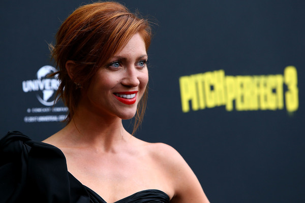Brittany Snow wore her hair in a slightly messy updo at the Australian premiere of 'Pitch Perfect 3.'
