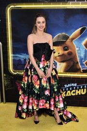 Suki Waterhouse was spring-glam in a strapless Richard Quinn gown with a bowed bodice and a floral skirt at the premiere of 'Pokemon Detective Pikachu.'