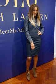 Ciara rounded out her look with a pair of suede lace-up boots by Ralph Lauren.