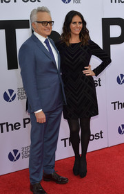 Amy Landecker donned a long-sleeve patterned LBD for the Washington, DC premiere of 'The Post.'
