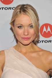 Katrina Bowden's shiny pink lipstick added to her natural glow at the Droid Razr launch party