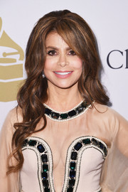 Paula Abdul attended the pre-Grammy gala wearing a '60s-inspired hairstyle.