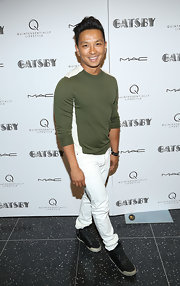 Prabal Gurung looked super casual and cool in a forest green and white sweater.